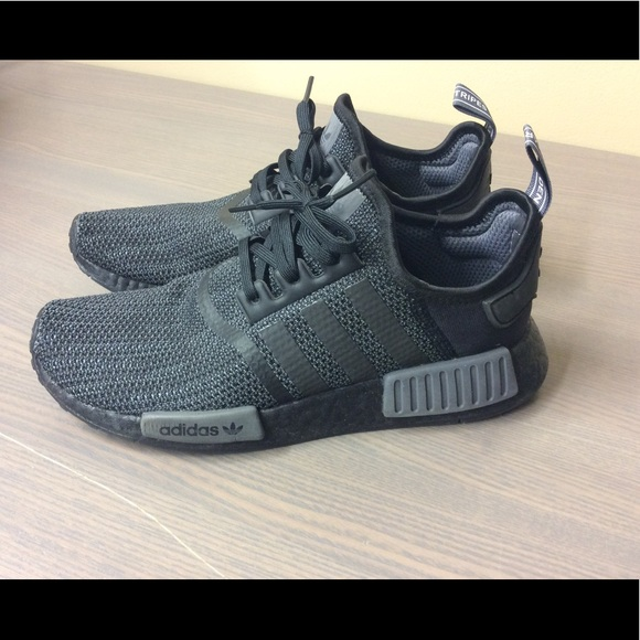 new product 29573 0d00a Adidas Nmd R1 size 8 carbon black